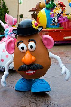 *MR. POTATO HEAD ~ Toy Story....Disneyland Aug 2009 - Pixar Play Parade by PeterPanFan, via Flickr