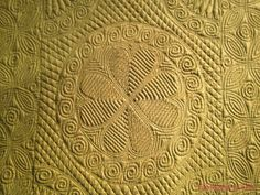 351 Best Welsh/ Whole cloth Quilts images Quilting Stencils, Quilting Templates, Longarm Quilting, Free Motion Quilting, Hand Quilting, Machine Quilting, Quilting Projects, Quilting Designs, Quilt Patterns