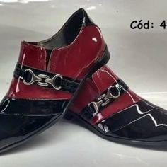 c465eddff Christia Bella Uqitue Dobra Dos Homens Designer de Moda Oxfords Vestido  Sapatos Plus Size Crânio de Ouro Dos Homens Do Estilo Punk Partido Boate  sapatos