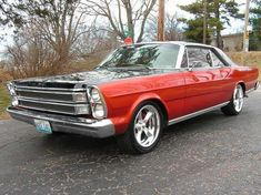 1966 Ford Galaxie Specs, Photos, Modification Info at CarDomain American Auto, American Muscle Cars, Car Barn, Ford Lincoln Mercury, Ford Classic Cars, Ford Fairlane, Us Cars, Ford Gt, Ford Trucks