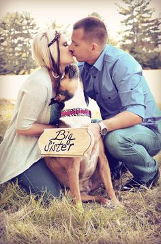Pregnancy Videos Couple - Pregnancy Phoshoot Home - - Pregnancy Hacks Pads - Pregnancy Drawing, Pregnancy Bump, Pregnancy Workout, Pregnancy Photos, Pregnancy Announcement Dog, Pregnancy Photography, Pregnancy Fashion, Maternity Pictures, Baby Pictures