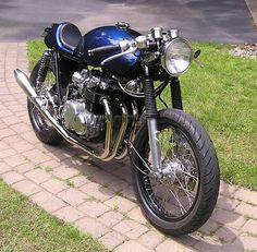 Honda CB550 Cafe Racer Pinas Replica #motorcycles #caferacer #motos   caferacerpasion.com