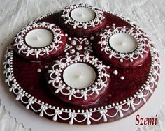 Christmas Gingerbread, Christmas Cookies, Christmas Tree, Panna Cotta, Candle Holders, Pottery, Candles, Advent, Holiday Decor