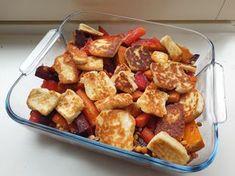 Halloumi-kasvispaistos on täydellinen eväs töihin Halloumi, Pretzel Bites, Kung Pao Chicken, Potato Salad, Good Food, Food And Drink, Cooking Recipes, Keto, Bread