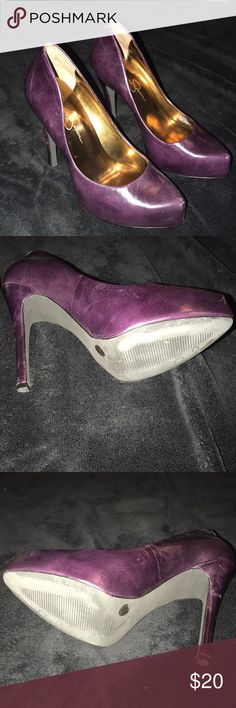 Jessica Simpson purple almond toe pumps sz 6.5 Cute😍! Jessica Simpson almond toe eggplant purple pumps sz 6.5. Soles and heel tips in excellent condition. Both heels have slight scuffing on them(see pics) Nothing a little clear shoes polish probably won't fix😊 👌🏾 Matches the purple Betsey Johnson bag in my closet perfectly! Check them out❤️ Jessica Simpson Shoes Heels