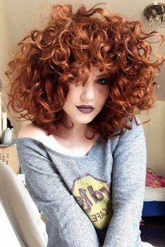 Shoulder Length Curly Hair Red ❤ Curly hair always looks adorable, and we collected hairstyles for curly hair to prove you that. We are sure you will save many pics for later! Curly Hair Styles, Curly Hair With Bangs, Short Curly Hair, Hairstyles With Bangs, Cool Hairstyles, Hairstyle Ideas, Color For Curly Hair, Short Curls, Curly Haircuts