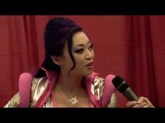 Interview with Yaya Han @ Montreal Comiccon 2014 | Girls on Games #cosplay
