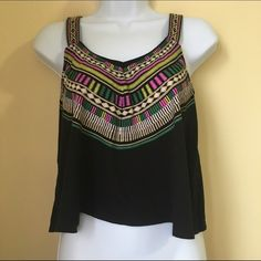 Pattern tank top Gently used flowy tank top with colorful pattern / size small / fits slightly cropped Tops Tank Tops