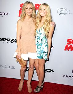 Twinsies! Heather Locklear hit the red carpet with her look-alike daughter