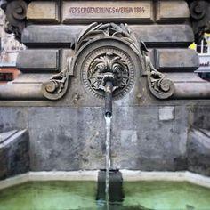Jan-van-Werth-Brunnen am Alter Markt köln