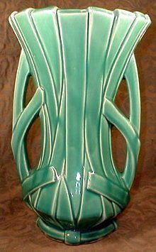 1940s-McCoy-Reed-Strap-Leaf-Art-Pottery-Vase-Double-Handle-Green Bathroom Shelves For Towels, Leaf Art, Pottery Vase, Vintage Green, 1940s, Art Decor, Antiques, Ohio, Handle