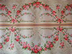 Rose Garland Wallpaper.