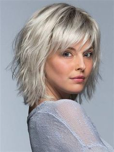 hair lengths short choppy bobs Its all about cool and casual with Jones. This shoulder length style features choppy layers all throughout the back and sides for a textured, messy look that has a laid back, carefree vibe without even trying. Medium Hair Cuts, Short Hair Cuts, Medium Hair Styles, Curly Hair Styles, Medium Choppy Hair, Razor Cut Hair, Short Shag Hairstyles, Short Layered Haircuts, School Hairstyles