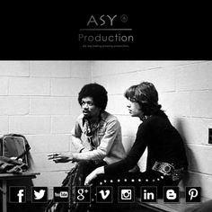 Jimi Hendrix ve Mic Jagger kuliste sigara içerken...