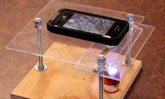 Como hacer un microscopio digital casero con un smartphone Tomado: http://www.di.sld.cu/?p=10593 Si tus niños se muestran entusiasmados por aprender cosas nuevas, especialmente si son temas de Ciencias, este proyecto te va a encantar. Puedes aprender a transformar tu smartphone en un microscopio con unos sencillos pasos y así enseñar a tus niños un montón de cosas sobre ciencias. Lo que vamos a necesitar es: un teléfono, un taladro, brocas […]