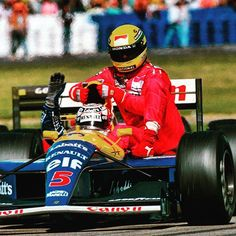 Who remembers this? 24 years ago today at the #BritishGP #AyrtonSenna - out of fuel - borrows a ride back to the pits from #NigelMansell. #65YearsOfF1 #Formula1 #Senna #F1 by f1