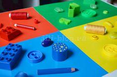 Как научить ребенка различать цвета? | Учим цвета | Жили-Были Kids And Parenting, Montessori, Activities For Kids, Triangle, Education, Learning, Games, Blog, Autism