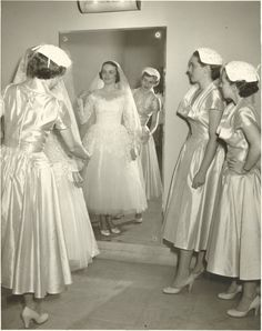 Final touches on the big day, 1952
