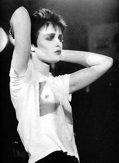 SIOUXSIE SIOUX, STYLE ICON - theFashionSpot