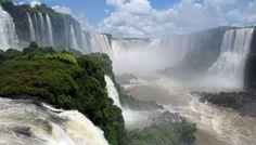 Existen numerosos indicios de que las cataratas de Iguazú están en riesgo. El cambio climático y otras amenazas rondan su espectacular ecosistema. Por RAMIRO ESCOBAR DE LA CRUZ