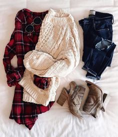 """2,111 Likes, 45 Comments - Jennifer Reed (@thesisterstudioig) on Instagram: """"Today's temp calls for layers! // This sweater and these booties are both on SALE and this plaid…"""""""