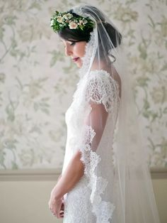Fasten a small flower crown with a mantilla lace wedding veil for a soft boho bridal look. Flower Crown Veil, Flower Crown Hairstyle, Flower Crown Wedding, Flower Crowns, Wedding Flowers, Bride With Flower Crown, Bouquet Wedding, Flower Girls, Veil Hairstyles