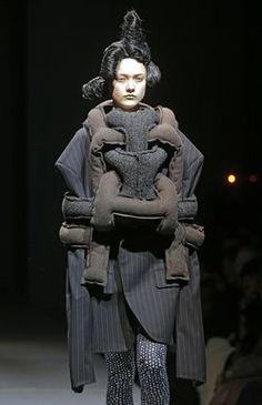 Paris Fashion Week 2014: Comme des Garçons, knitty and witty - latimes.com