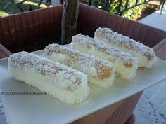 Cookbook Recipes, Sweets Recipes, Candy Recipes, Cooking Recipes, Greek Sweets, Greek Desserts, Greek Cake, Greek Pastries, Easy Sweets