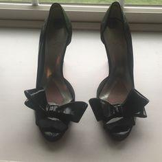 High heels Beautiful patent leather high heels. Paris Hilton brand. Very good condition. 4 inch heel. Paris Hilton Shoes Heels