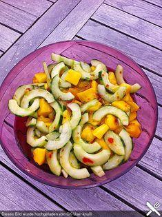 Gurken - Mango - Salat: gab es imSommer ein paar mal beim grillen,perfekt, wenn es ganz schnell gehen muss!