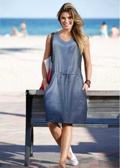 Swans Style is the top online fashion store for women. Shop sexy club dresses, jeans, shoes, bodysuits, skirts and more. Blue Denim Dress, Chambray Dress, Jeans Dress, Dress Skirt, Shirt Dress, Böhmisches Outfit, Denim Outfit, Simple Dresses, Casual Dresses