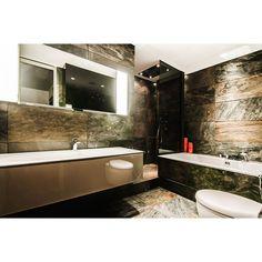Use marble tile and your bathroom will looks luxury. #interior #interiordesign #bathroom #bathroomdesign #modernbathroom #minimalistbathroom