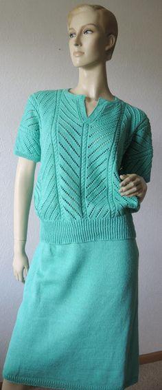 Pullover & Pullunder - Zweiteiliges handgestricktes Kleid - ein Designerstück von Na-nett-e bei DaWanda