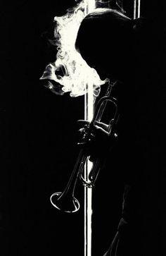 Mashup Glee Victor Victoria Le Jazz Hot:  http://www.youtube.com/watch?v=kn9b082yttA