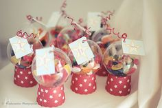 Machine a bonbon miniature Party Treats, Party Favors, Party Co, Baby Blog, Circus Party, Princess Party, Communion, Place Cards, Crafts For Kids