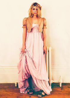 Billie Piper Dresses