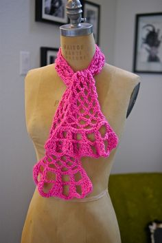 1-Ball Springtime Scarf #Crochet Along by Vickie Howell. :) I'm there.