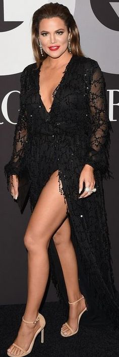 Khloe Kardashian: Dress – Constantina & Louise  Earrings – H.Stern  Shoes – Stuart Weitzman