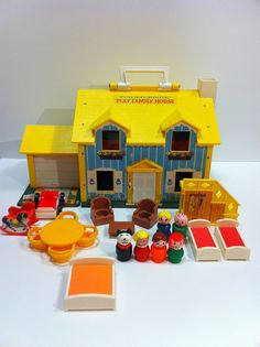 Vintage Fisher Price House Blue And Yellow Play Family