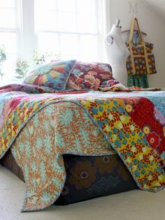 anna maria horner flannels...bedding for aubrey?  or me?
