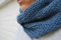 Quick Knitted Cabled Cowl Pattern |