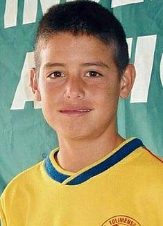 Football Boys, World Football, James Rodriguez Colombia, Equipe Real Madrid, Soccer Players, Cristiano Ronaldo, Beautiful Boys, Cute Boys, Eye Candy