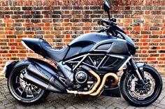 Ducati Diavel Dark (2013)