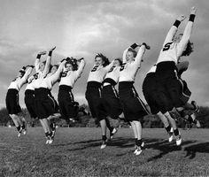 Both hands up if you love vintage cheerleader style! :) #vintage #school #cheerleader #uniform #teenagers #students #pep #saddle_shoes #1950s