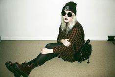 Witchcraft Beanie, 2nd Hand Blouse, Chicnova Backpack, Dr. Martens Jadon Boots