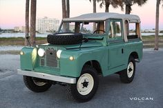 """A Brit at the beach. """"Alfie"""" 1960 Land Rover Series II 88 that I shot for @volcan4x4."""