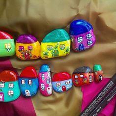 Little jolly houses. They seems full of fun with this colors ❤️ #littlehouse #homedecor #homesweethome #homedesign #handmade #stone #stonehouse #stoneart #rock #rockart #etsyhandmade #etsyaustralia #etsy #etsyelite #etsygifts #etsystore #etsyvintage #etsyshop #colors