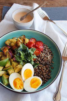 Bowl Vegetariano e Saudável - Um prato colorido repleto de delicias