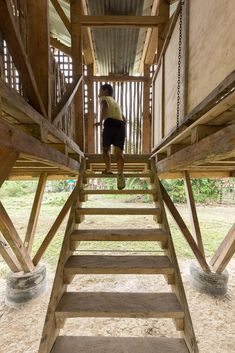 al borde + taller general elevate a lunchroom using functional legs in suburban ecuadorian community Lunch Room, Cabins In The Woods, Ecuador, Architecture, Pavilion, Habitats, Stairs, Construction, Community