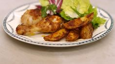 Eén - Dagelijkse kost - gemarineerde drumsticks met sla en pittige aardappelpartjes
